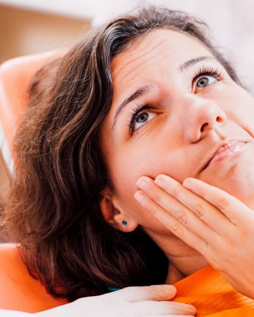 Pain therapy – endodontics and/or extractions